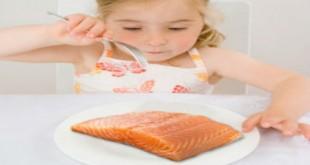 Có nên cho bé ăn cá_3