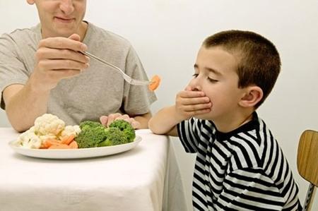Có bình thường không nếu con tôi có vẻ không muốn ăn gì cả? - Thực phẩm cộng đồng