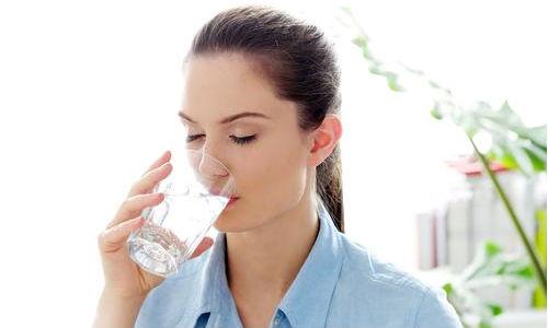 Nước uống ở nhà có an toàn